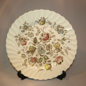 """Johnson Brothers """"Staffordshire Bouquet"""""""