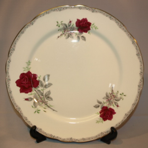 """Royal Stafford """"Roses to Remember"""" Wavy Edge"""